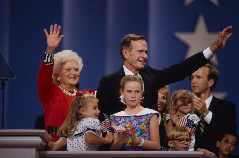 Barbara Bush and her husband, then-President George H.W. Bush, were surrounded by family members after he accepted the Republ