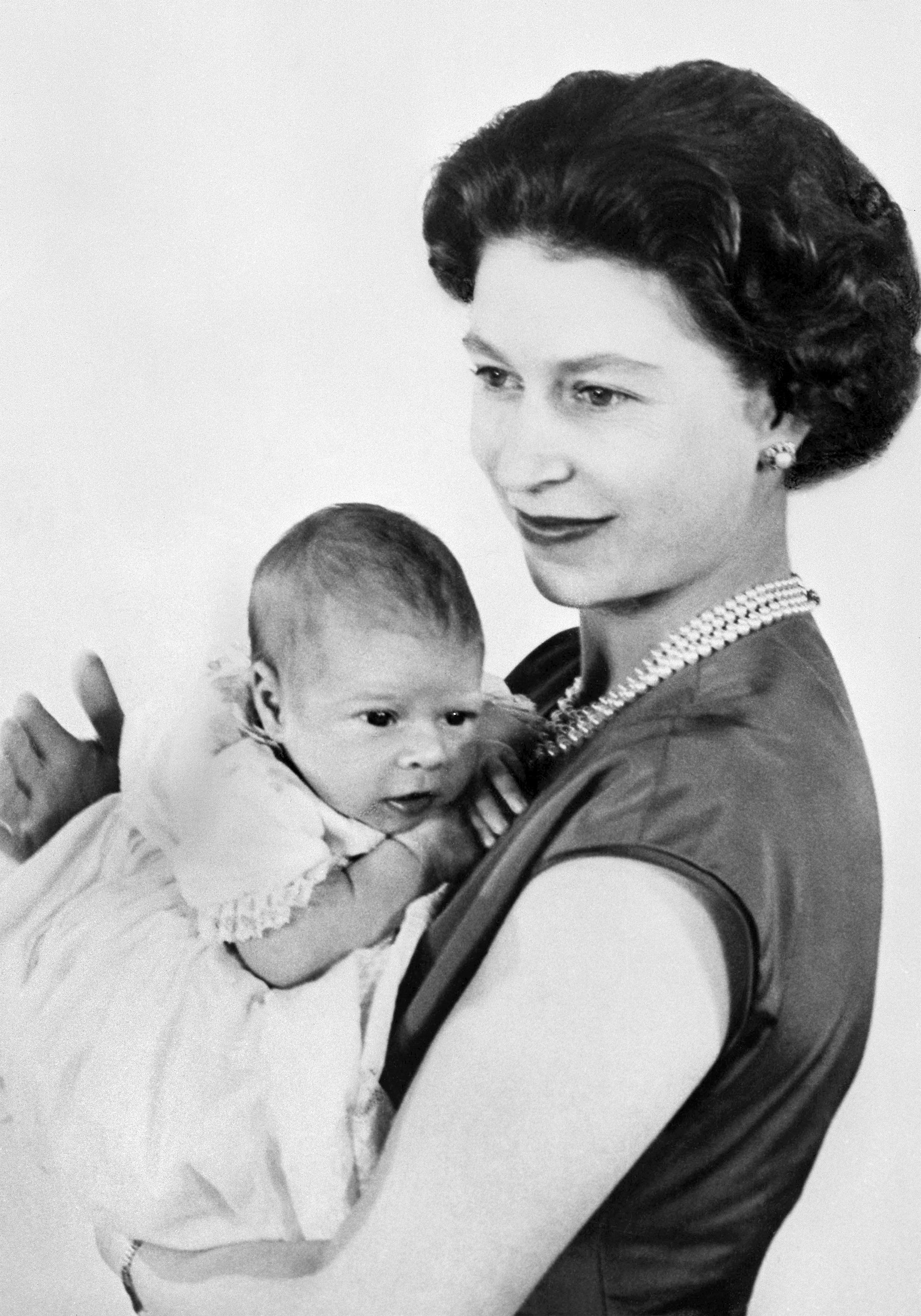 Seven years after her coronation,Elizabethwelcomed her third child,Prince Andrew.