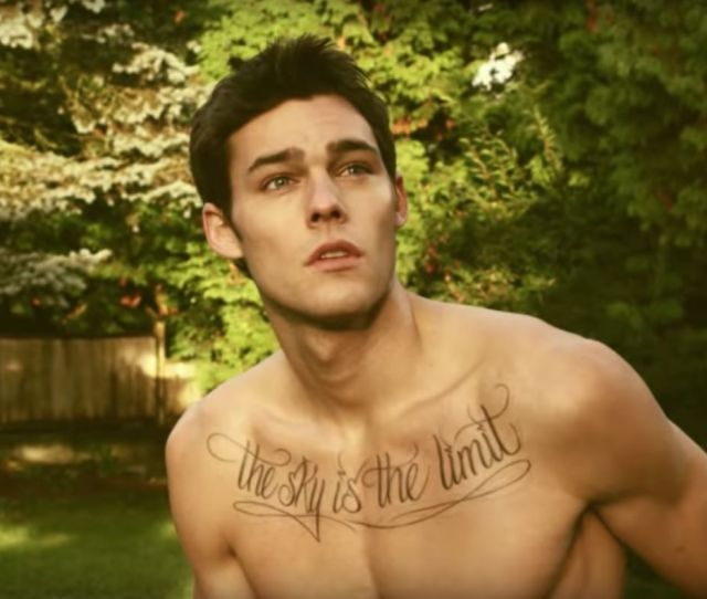 Call Me Maybe Video Heartthrob Says He Wasnt Comfortable Playing Gay