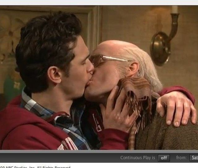 The Kissing Family James Franco Makes Out With Will Forte In Snl Sketch Video