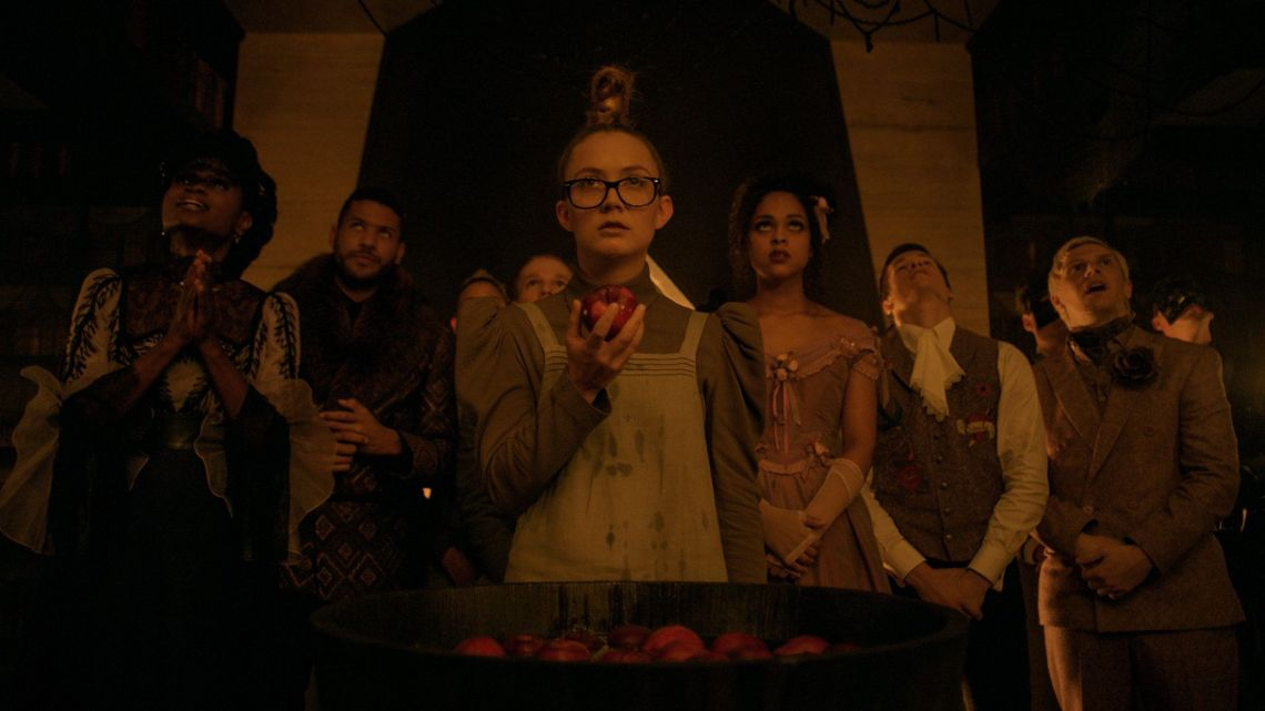 Mallory and her fatal poisoned apple