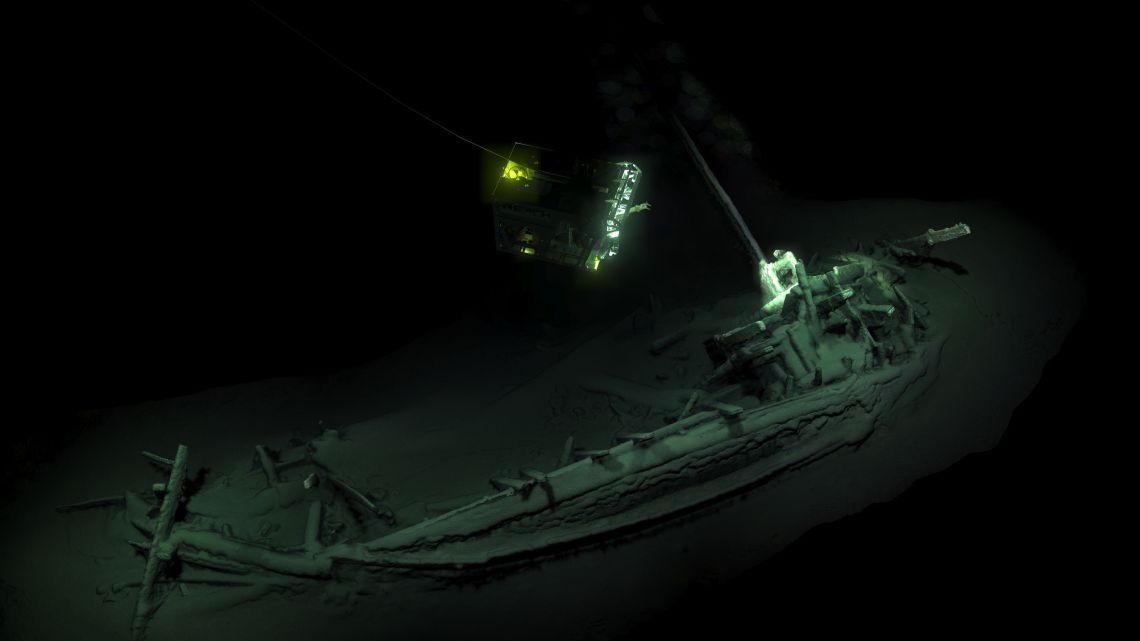 A team of researchers from Britain and Bulgaria found the skeleton of a Greek trading vessel which was carbon dated to 400BC