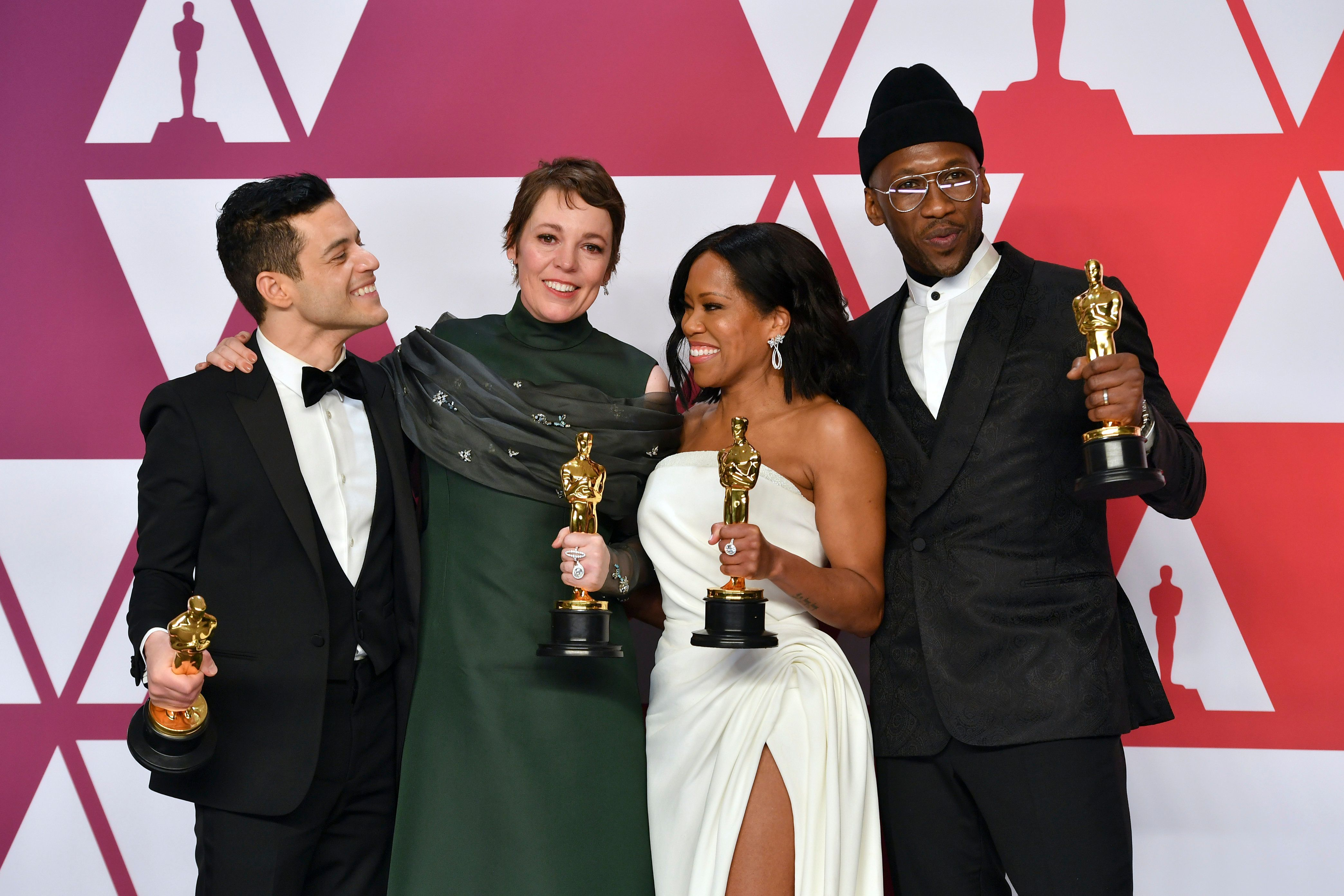 Oscar winners in the actor and actress categories pose on Sunday night.