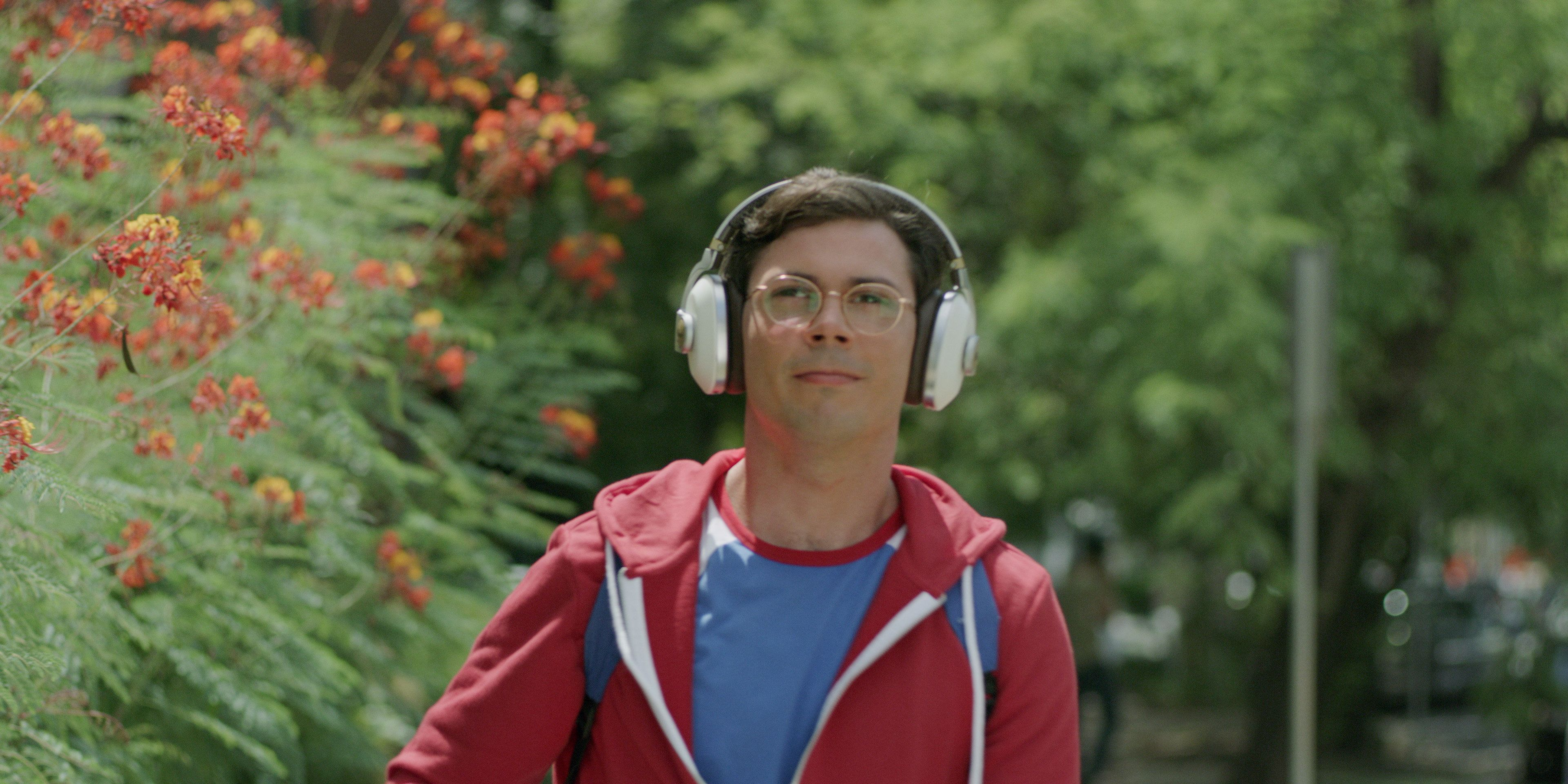 """Netflix's """"Special"""" stars Ryan O'Connell as a gay Los Angeles man with cerebral palsy."""