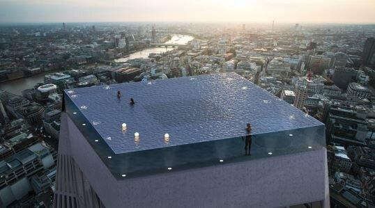Όλοι είχαν την ίδια απορία για αυτή την εντυπωσιακή πισίνα του Λονδίνου - Πως στο καλό μπαίνεις