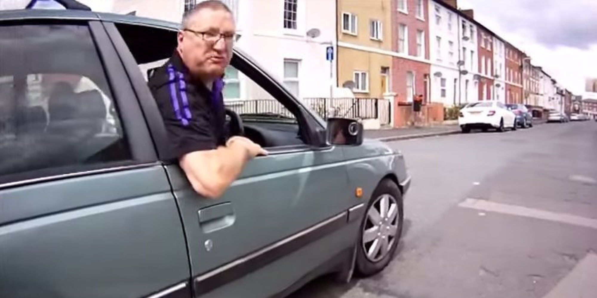 Reading Driver Comically Falls Over After Angry Row With Cyclist