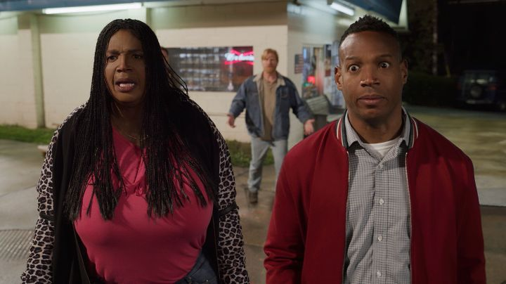 """Marlon Wayans playing two characters in """"Sextuplets."""""""