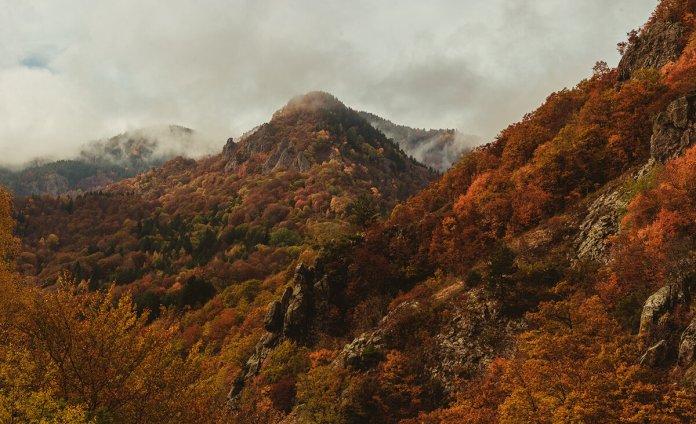 Τα μαγευτικά φθινοπωρινά χρώματα της