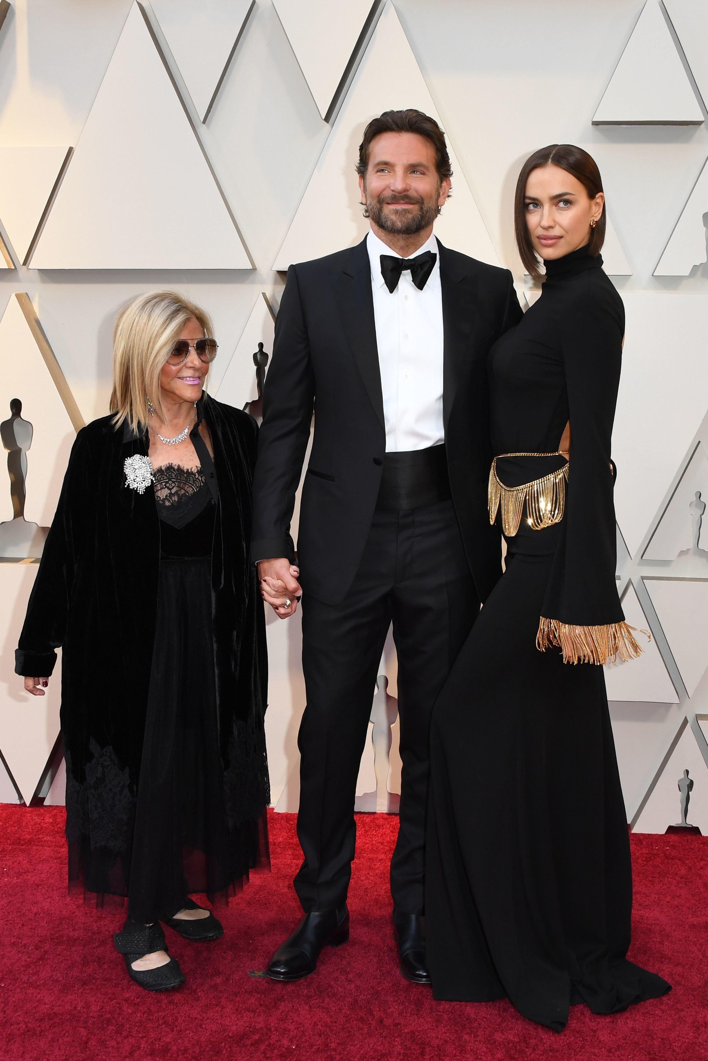 Bradley Cooper and Irina Shayk arrive at the 2019 Oscars.