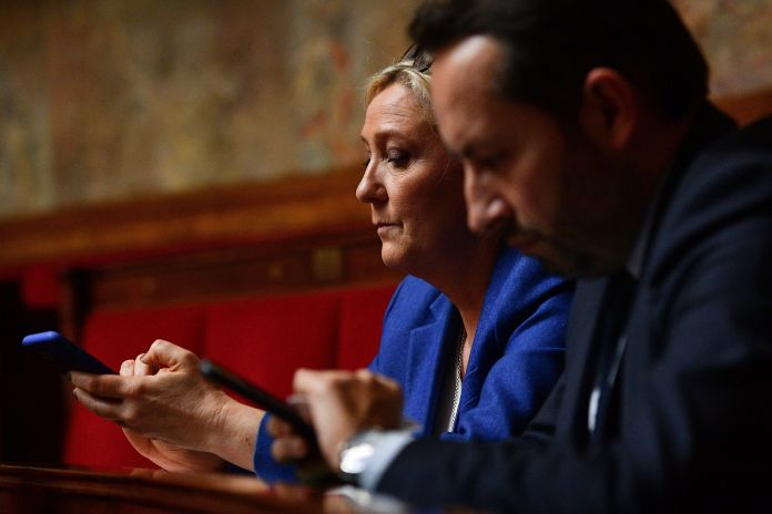 Marine Le Pen and Sébastien Chenu at the National Assembly on 17th
