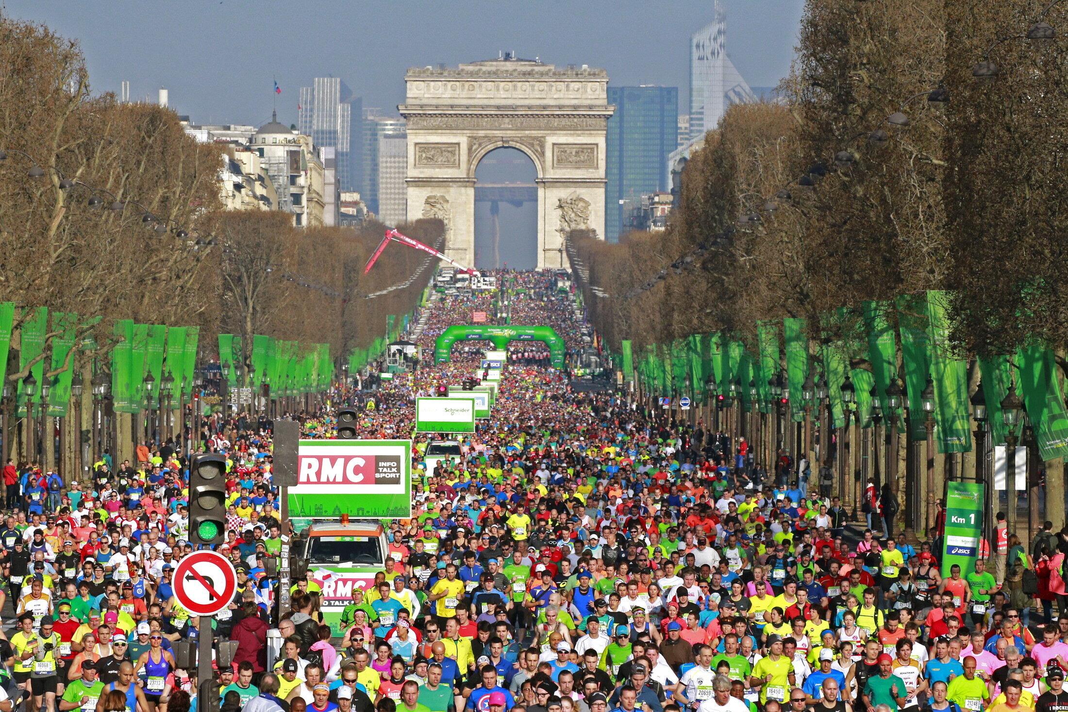 Le marathon de Paris 2021 n'aura pas lieu en avril mais le 17 octobre (Le marathon de Paris le 3 avril...