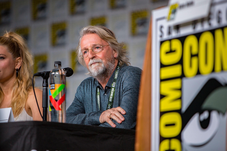 Le scénariste Michael Hirst pendant le panel de la série Vikings au Comic-Con le 20 juillet...