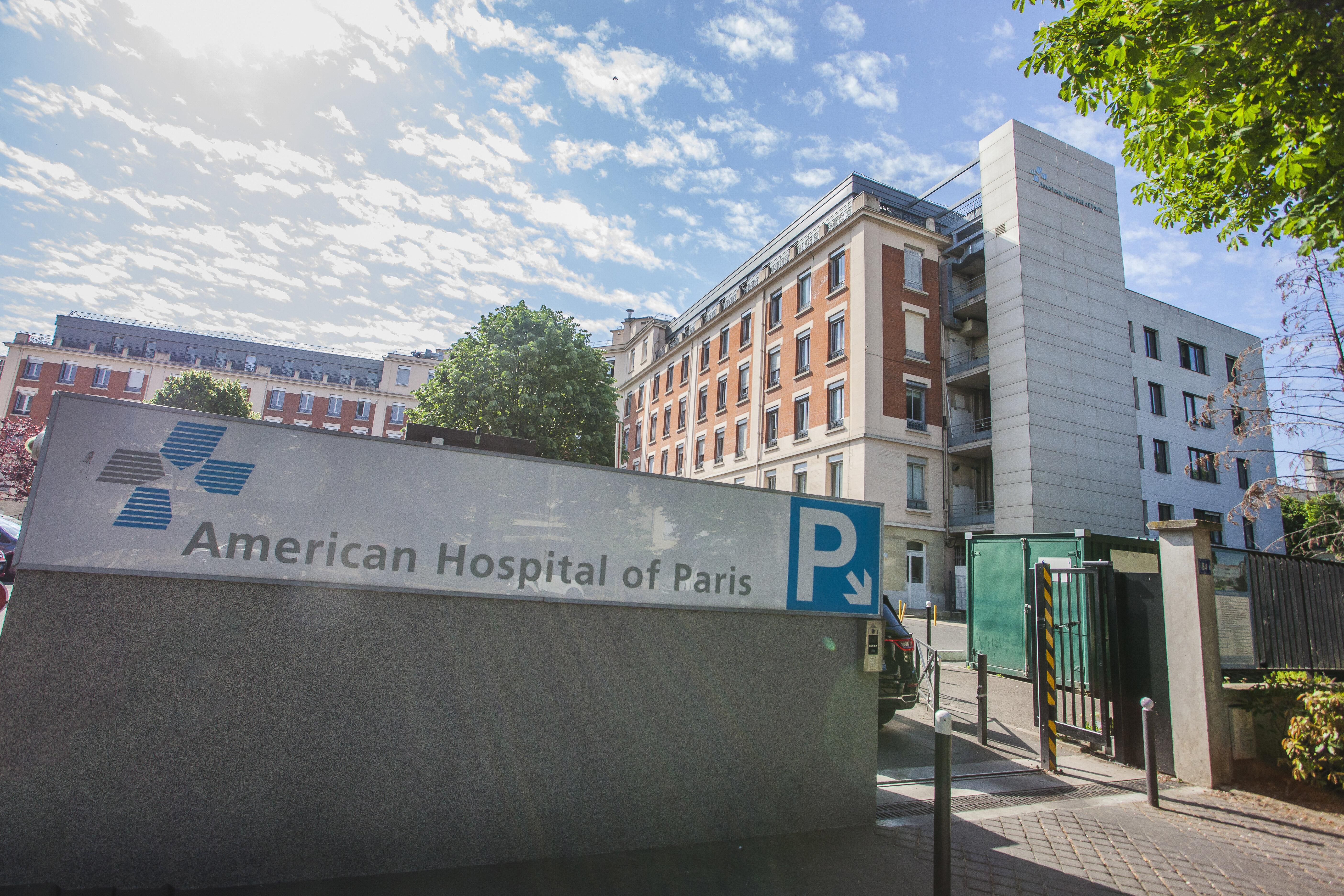 L'hôpital américain de Neuilly aurait vacciné des donateurs et responsables avant...