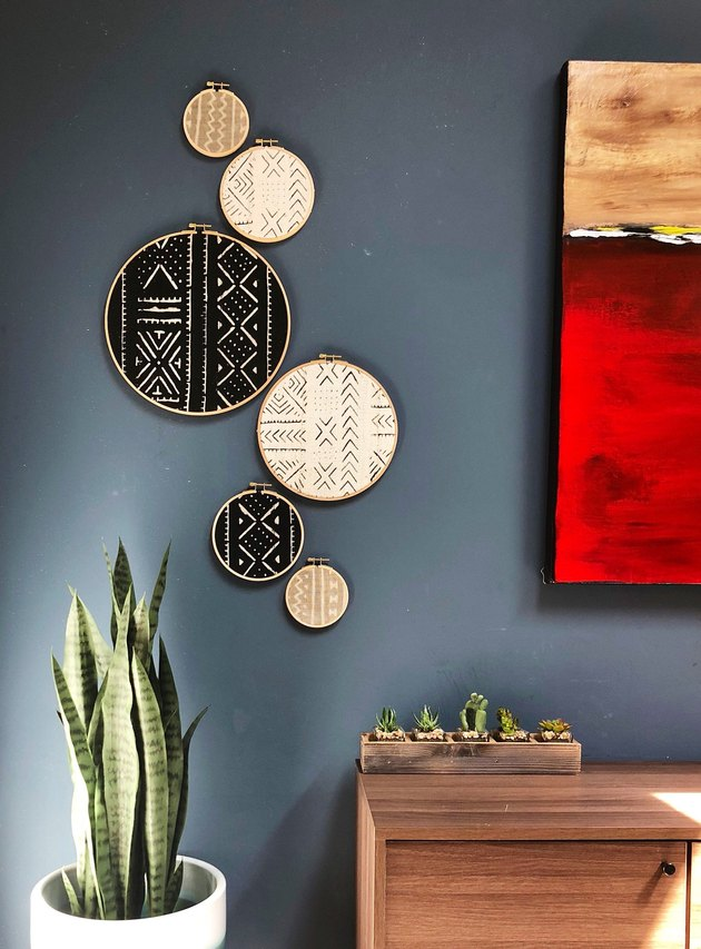 boho wall decor idea with embroidered tapestry wall decor