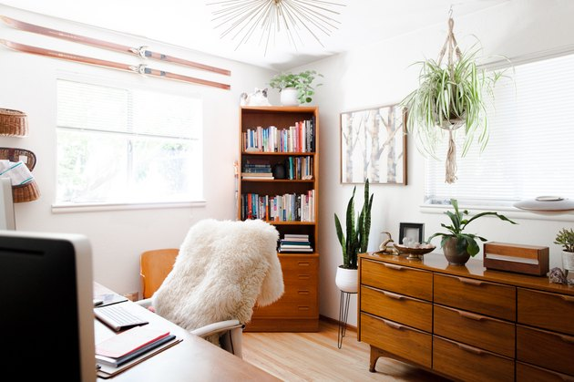 Vintage home office with plants