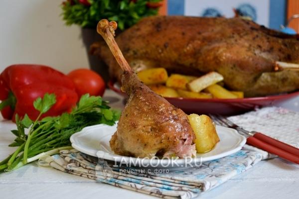دستور غذا پخته شده با سیب زمینی در کوره
