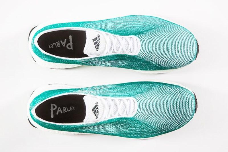 Adidas e Parley criam tênis reciclável.
