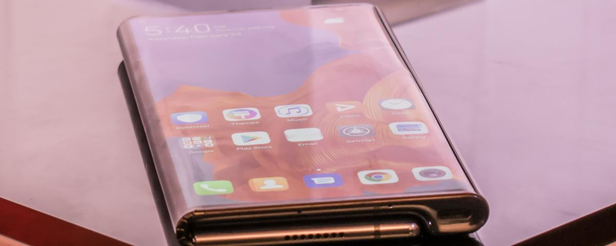 Imagem de: Google prepara seu 1º celular dobrável para 2021