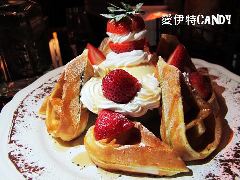 『花蓮市區_oops驚奇咖啡』店如其名,慵懶氛圍的享受一道道驚奇菜餚