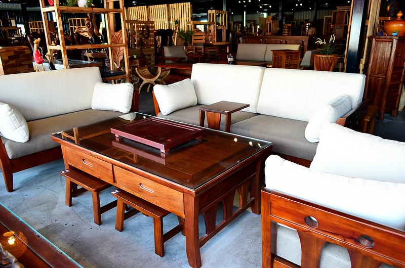 台中家具行_原木屋自然風家具│原木傢俱給人的感覺既是沉穩又有風味。