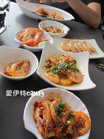 西區美食_瘋蝦吃到飽│滿滿的蝦子,讓你吃完看到蝦子都會怕!