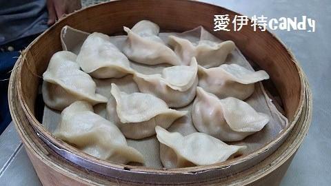 田中美食_ 周記蒸餃|濕潤的餃子,料多的玉米濃湯,飽足的午餐!