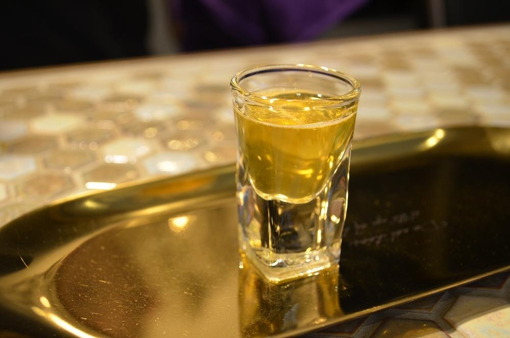 金色魔法紅茶 │ 一中美食、講究工藝的精品莊園茶飲。