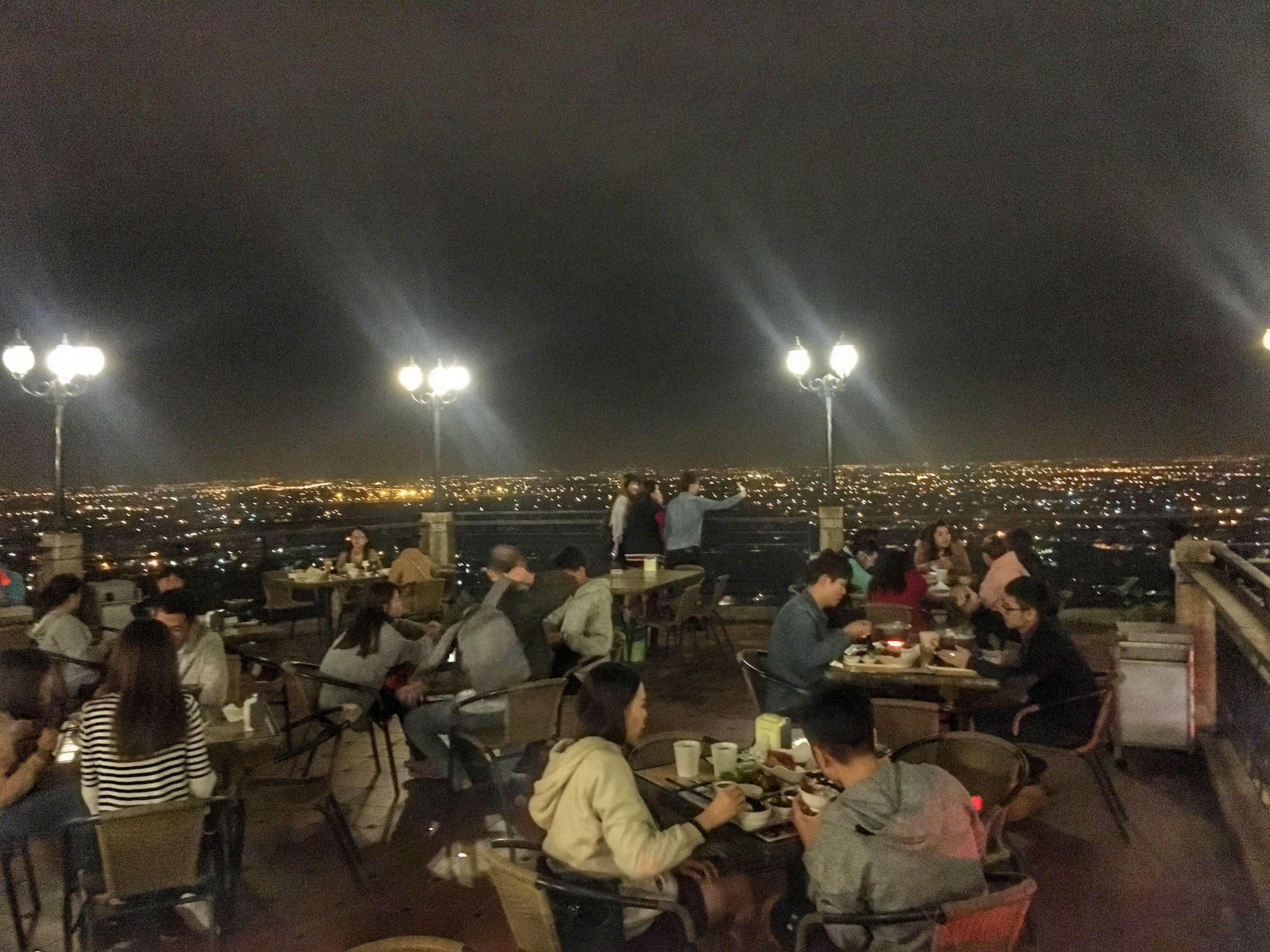 觀風聽月,阿蓮大崗山景觀餐廳,泡茶賞高雄最美夜景 高雄美食景點