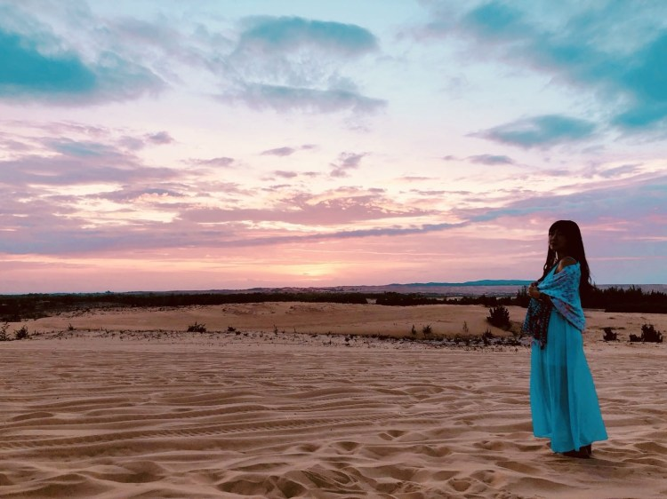 越南美奈Mui Ne一日遊行程景點攻略,白沙灘+紅沙灘+美奈小漁村+仙女溪(含沙漠丟包驚魂記!)