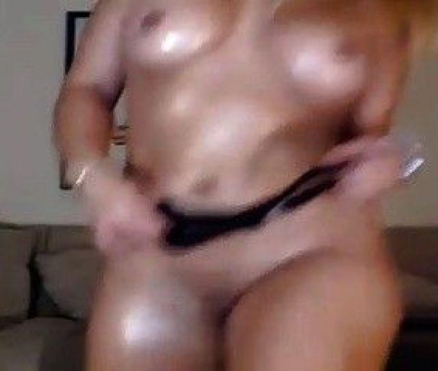 Bad Ass Bitch With Nice Eyes Sucks A Big Dick Live