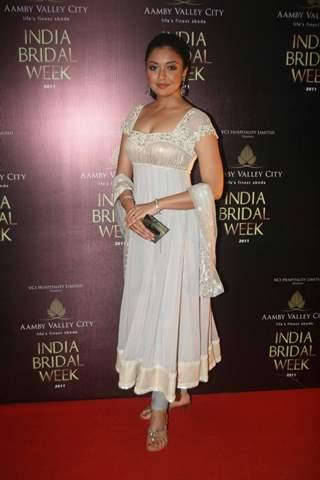 Tanushree Dutta for Neeta Lulla Show at India Bridal week 2011 Day 4 in Grand Hyatt, Mumbai