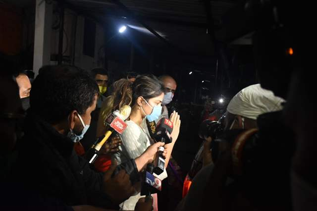 Police Interrogated Rhea Chakraborty for Nine Hours in Connection ...