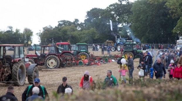 Irlanda / Desde su inicio, el National Ploughing Championship se ha convertido en algo más que competición anual entre condados y ha logrado hacerse una parte intrínseca de la vida rural irlandesa.