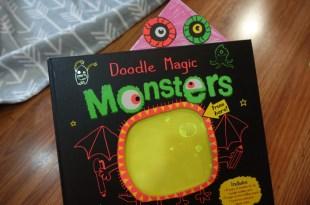 根本是怪獸大學,可重覆畫「魔法怪獸膠片遊戲書」|Doodle Magic Monsters