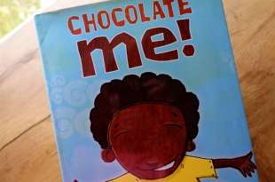 3年後再度推薦:社交情緒故事書 Chocolate Me有聲CD書  不只同理,更要強大自己的內心