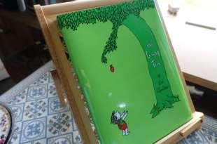 超過半世紀的繪本CD書:The Giving Tree 不要養出一個啃老的孩子