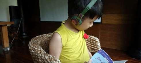 同大爺私物 我們用了快一年的Buddy Phones藍芽無線兒童專用耳機