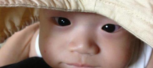 無關教養,只是為愛而生 - 0歲寶寶的專注力培養