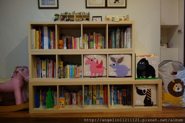 [同大爺的書櫃] 來自IKEA-打造幼兒好拿書的高度(2015更新) - 愛小宜的甜蜜小窩