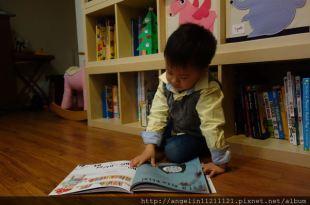 ●同大爺生活規矩書單●WANTED Ralfy Rabbit, Book Burglar和Please Mr. Panda