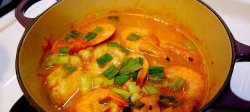 [鑄鐵鍋.媽的食譜] 一滴水都沒加 ●無水蕃茄海鮮湯●同場加映:蕃茄海鮮義大利麵