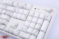 Varmilo 阿米洛「花弄影」鍵盤拆解評測,亮燈顯字與手勢充滿詩詞意境