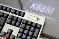 指紋辨識支援Windows Hello與社群網站,iRocks K68M 指紋辨識機械鍵盤 拆解 評測