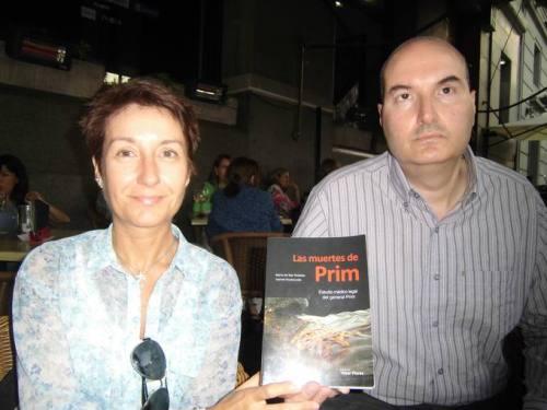 oannis Koutsourais y María del Mar Robledo, autores del libro 'Las muertes de Prim'