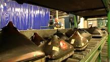 El crecimiento de la producción de aparatos eléctricos obliga a crear plantas de reciclaje de estos residuos