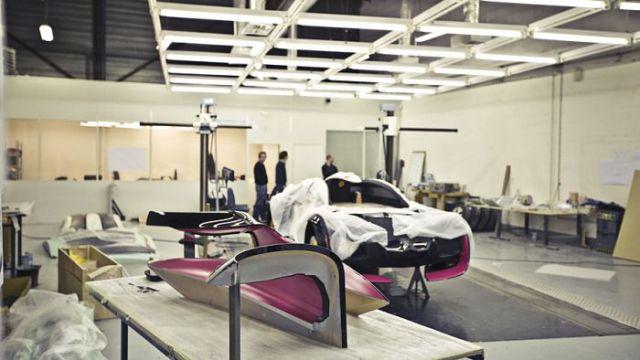 Creating a Citroen Concept Car (13 pics)