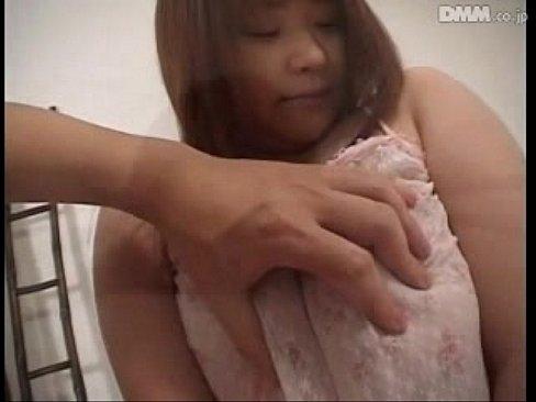巨乳豊満娘が激しく突かれおっぱい揺れまくりw