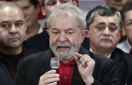 Resultado de imagem para Lula diz que Bolsonaro 'tem direito' a se candidatar
