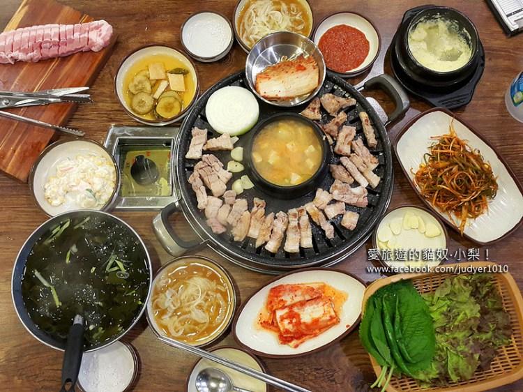 【韓國美食】荒謬的生肉烤肉店\藥水站,吃烤肉,就是要滿滿一桌才過癮啊!(文末有明洞、弘大及釜山分店資訊)
