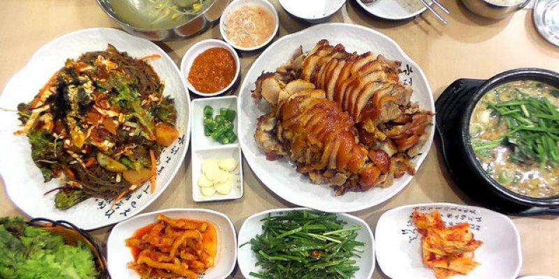 【韓國必吃美食】진향족발豬腳專賣店\鐘路5街,富含膠質肉質Q彈,韓式蕎麥麵也好好吃哦!
